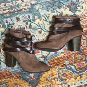 Madden Girl   Brown Suede Booties Size 9